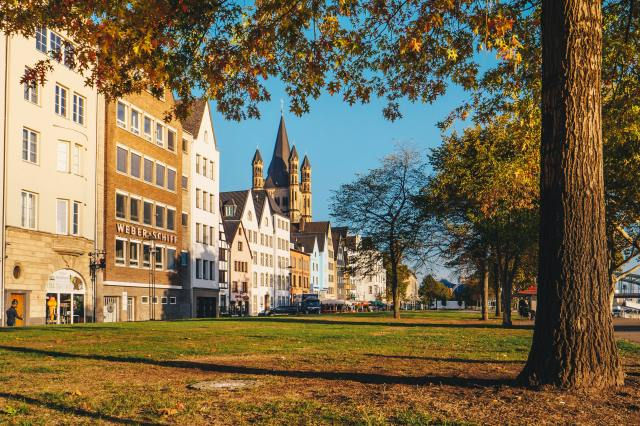 reasons to visit Cologne-old-town