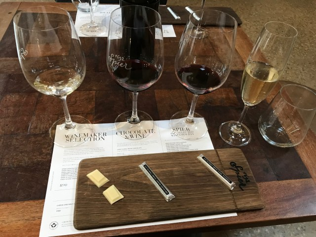 wine tasting budget travel guide to South Africa