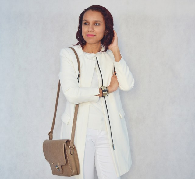Look total white 11