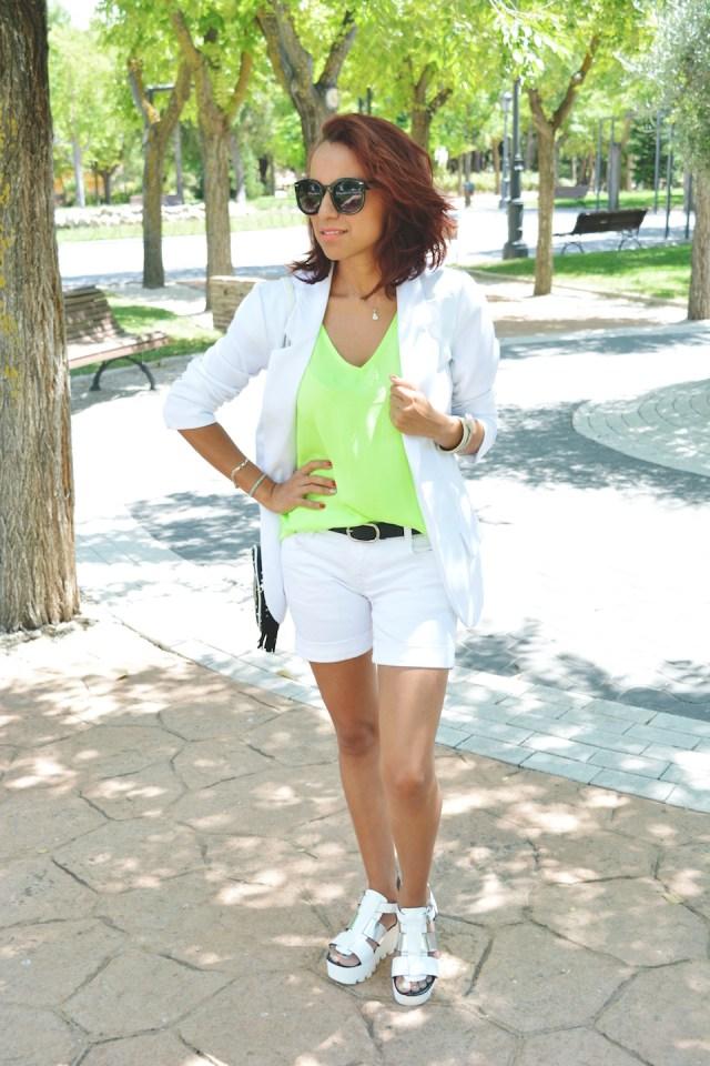 Look blanco y Neon 1