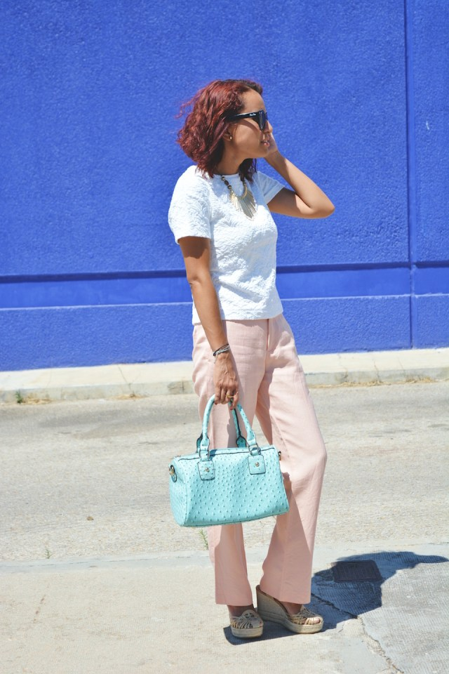 Pantalón rosa cuarzo y turquesa 3