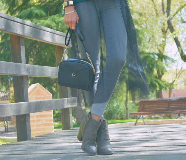 Mini bolso negro Primark