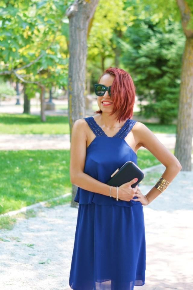 Vestido azul con tirantes