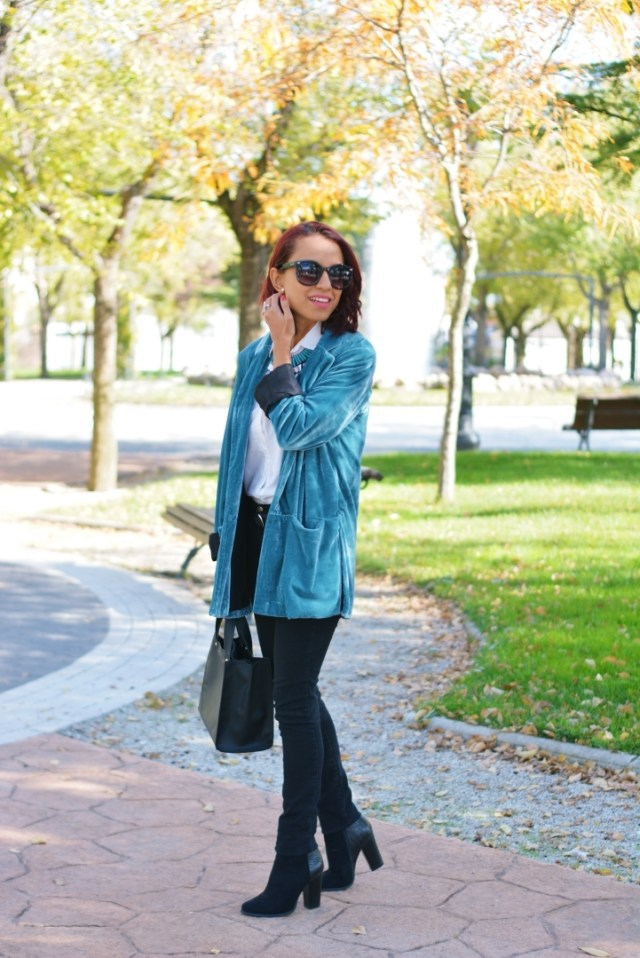 Look casual con blazer