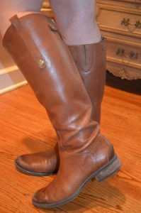 a closer look at the frequently featured sam edelman boots
