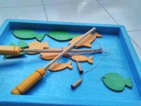 Ikan-ikan dari kayu untuk dipancing