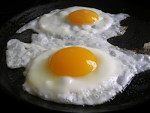 fried_eggs-photo-co-veganmaven-com