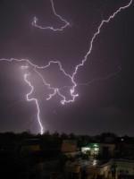 270803-furtuna-fulgere-ap