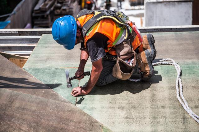 Want to know how to get more construction jobs? Niche down!