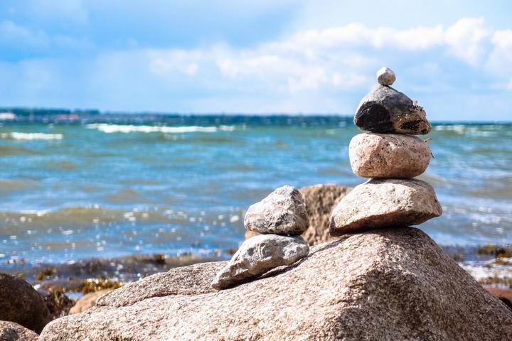 stones-946183_1920