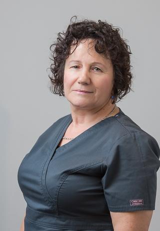 Krystyna Komorowska - asystentka stomatologiczna