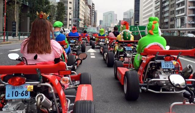 mario-karting-in-tokyo-3