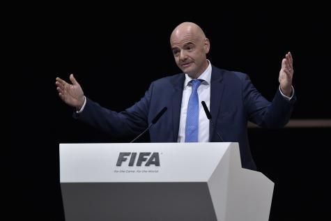 Le président de la FIFA à Franceville pour dévoiler la mascotte de la CAN 2017