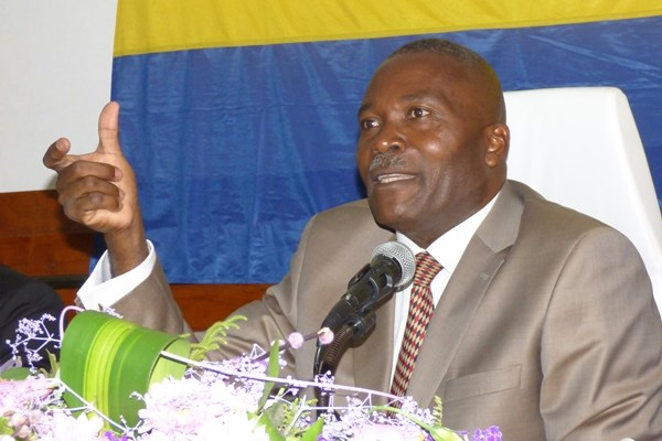 Je suis candidat pour reconstruire le Gabon (Moussavou King)