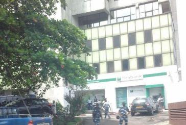 Orabank n'a pas été scellée mais les policiers souhaitaient exécuter une décision de justice (officiel)