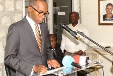 L'UN appelle les Gabonais à bouder les mesures d'austérité en votant contre le PDG aux législatives