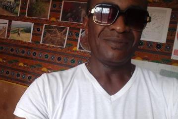 L'artiste Landry Ifouta dément son propre décès