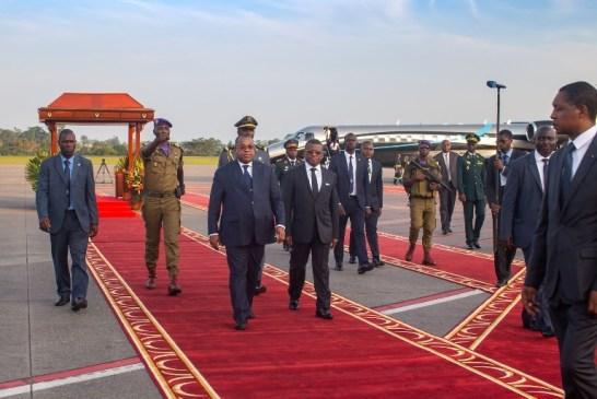 Julien Nkoghé Bekalé au sommet extraordinaire des chefs d'Etat de la CEMAC à Yaoundé