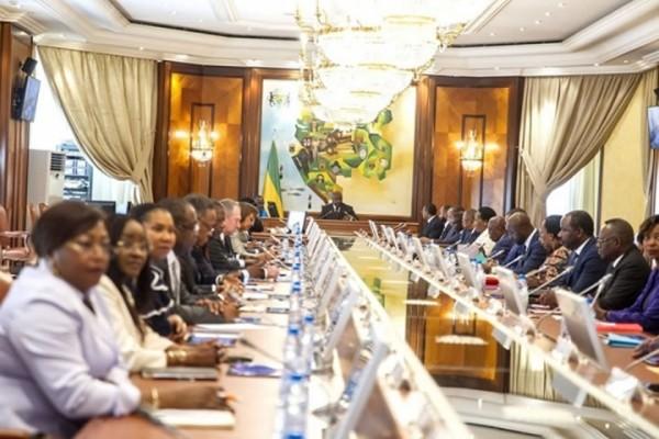 Des mesures coercitives pour contenir le covid19 au Gabon