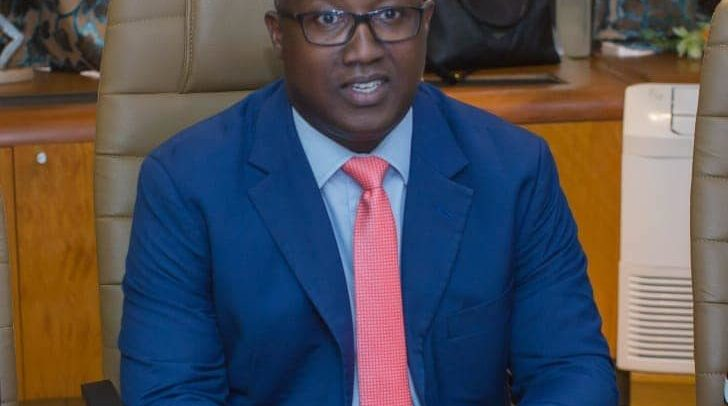 Le représentant de la BAD au Gabon Robert Masumbuko, © D.R