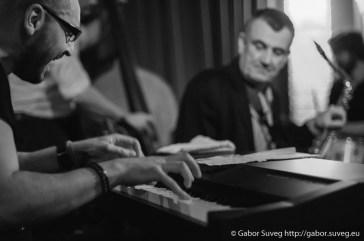 DRESCH MIHÁLY feat. GÁSPÁR KÁROLY TRIÓ @ BÚGÓCSIGA / 3 © Gabor Suveg
