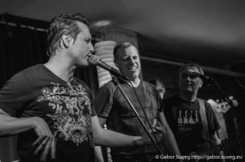 B the First koncert (vendég: River of Lust és Bonus Track) @ Búgócsiga Akusztik Garden / 15 © Gabor Suveg