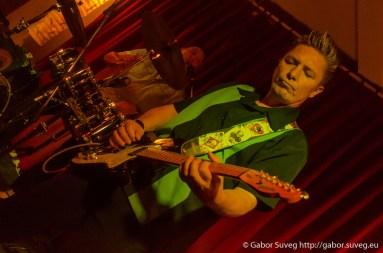 Ed Philips and the Memphis Patrol koncert / Support: Johnny Favourit' (A/HU) @ Búgócsiga Akusztik Garden / 1 © Gabor Suveg
