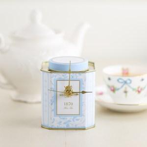 Tea-Tin-Clock-DIY-13-3 Gift Ideas For Tea Lovers