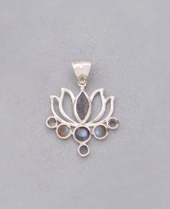 Labradorite and Sterling Silver Lotus Pendant (1)
