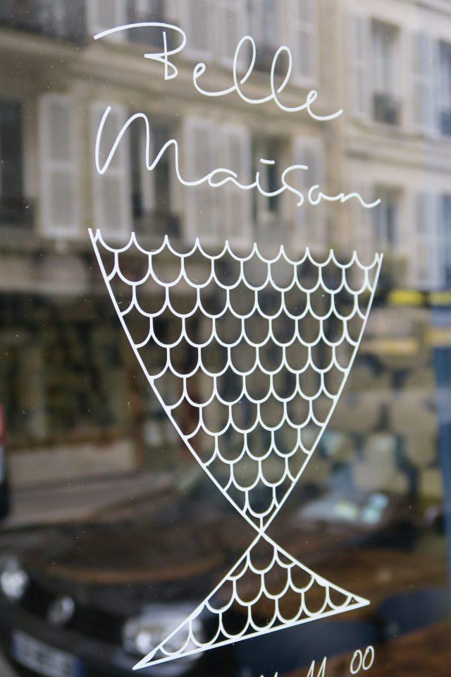 Paris Schaufensterbeschriftung