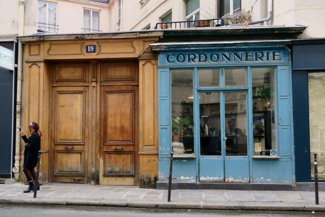 Paris Frankreich Schuster Coffeeshop