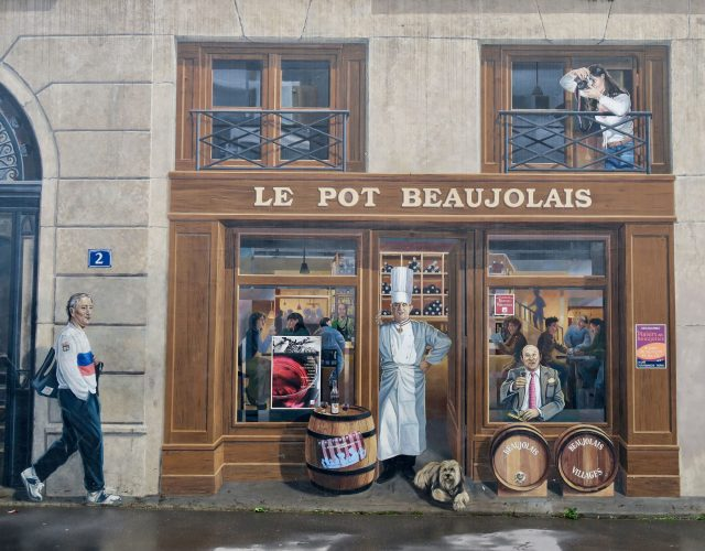 Lyon Fresque des Lyonnais Bocuse