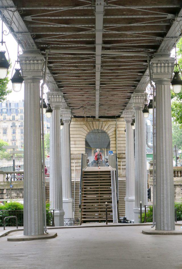 Paris Pont Bir-Hakeim