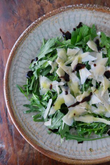 Rucola mit Parmesan