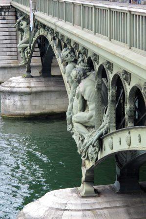 Paris Pont de Bir-Hakeim