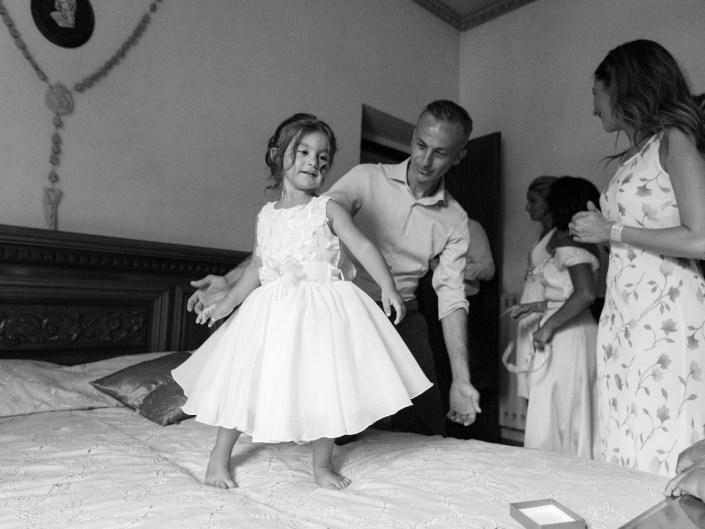 Bambina-Battesimo-Famiglia-10 Fotografo di Battesimo Cosenza Corigliano Rossano