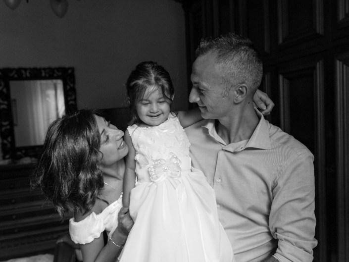 Bambina-Battesimo-Famiglia-16 Fotografo di Battesimo Cosenza Corigliano Rossano