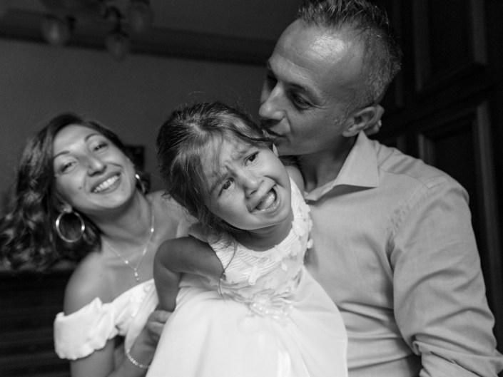 Bambina-Battesimo-Famiglia-17 Fotografo di Battesimo Cosenza Corigliano Rossano