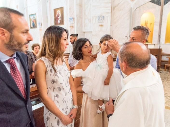 Bambina-Battesimo-Famiglia-30 Fotografo di Battesimo Cosenza Corigliano Rossano