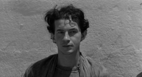 """Giorgio Agamben in una scena del film """"Il vangelo secondo Matteo"""" di Pier Paolo Pasolini (1963"""