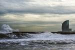 La ola y la vela (2)