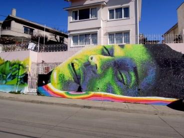 Pointillism Graffiti on Aveneda Alemania