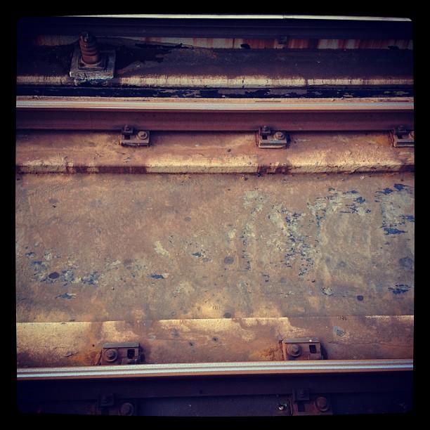 BART tracks