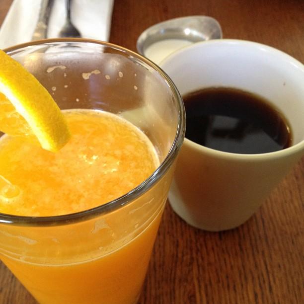 Fresh squeezed orange juice yum