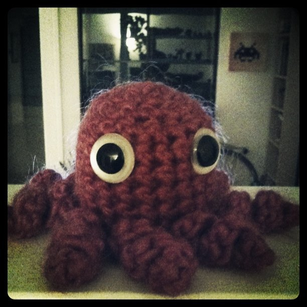 The octopus says hi