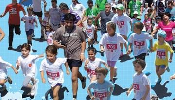 Cautam voluntari destoinici pentru cursa copiilor din cadrul Bucharest International Marathon