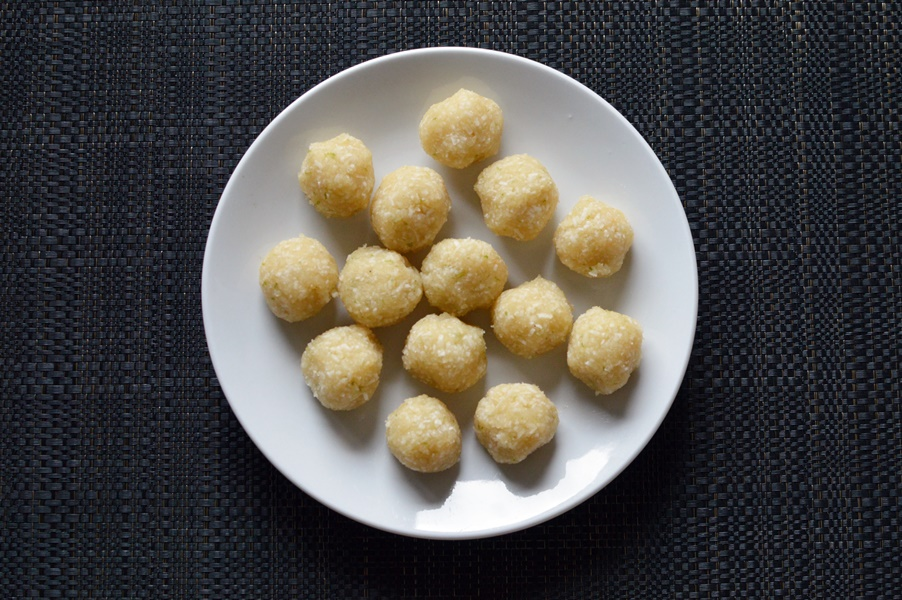 Macadamia coconut and lime bliss balls