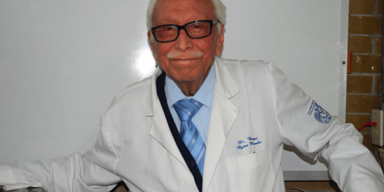 Homenaje póstumo al doctor Enrique Gijón Granados
