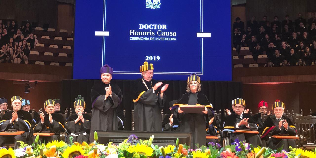 María Elena Medina-Mora recibe el grado de Doctor Honoris Causa