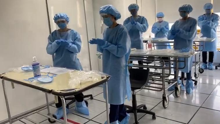Capacitación sobre COVID-19 para médicos internos